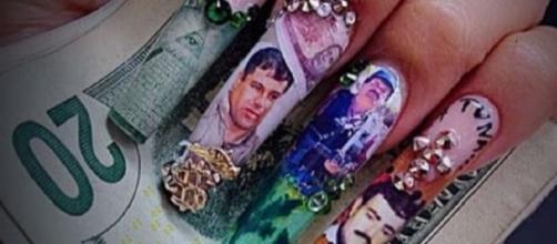 Foto de Instagram de uñas decoradas con motivos narcos