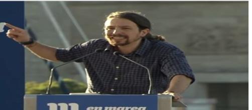 Pablo Iglesias, secretario general de Podemos, en un mitin en A Coruña.