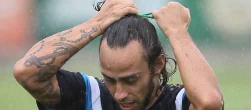 Valdívia em treinamento pelo Palmeiras