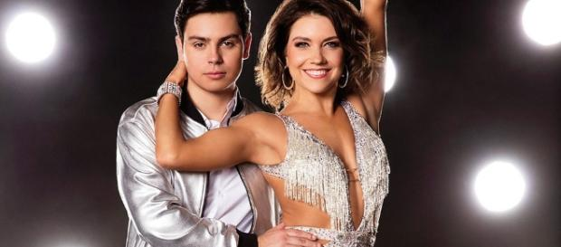 Jake T. Austin Dances to One Direction on DWTS | On The Teen Beat ... - ontheteenbeat.com
