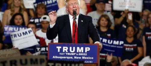 Chaotic Scene Erupts Outside Trump Rally in New Mexico - ABC News - go.com