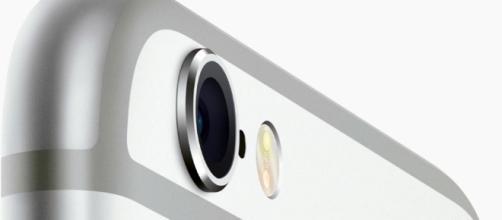 Apple: il prossimo iPhone sarà in vetro e acciaio?