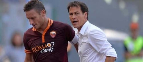 Rudi Garcia fa gli auguri a Totti per i suoi 40 anni.