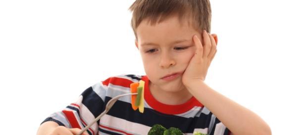 Como estimular a criança a ter uma rotina alimentar saudável
