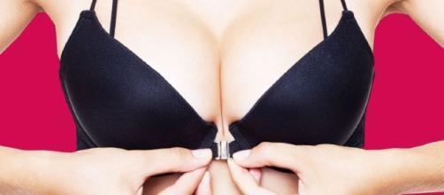 Fechar o sutiã pode revelar se você é submissa ou dominadora.
