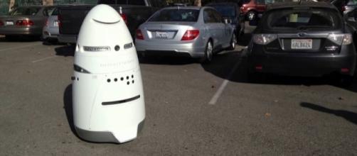 Robot Runs Over Child in San Francisco Shopping Center | Heat Street...- heatst.com