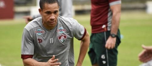 Wellington treina normalmente e deve enfrentar o Corinthians no domingo (Foto: Arquivo)