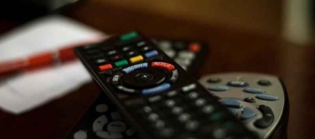 Guida programmi tv sabato 24/09/2016: Tu si que vales e Viva Mogol.