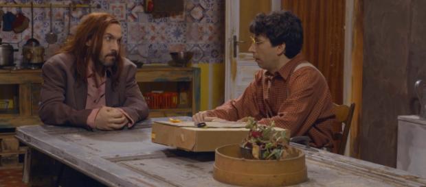 Maccio Capatonda e Luigi Luciano in una scena della sitcom