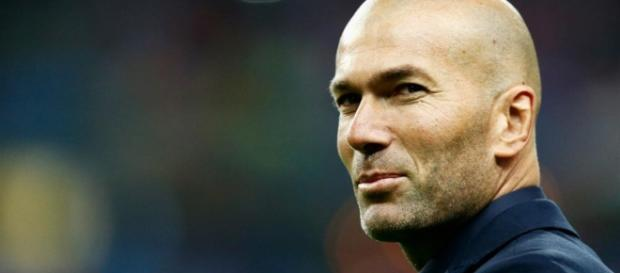 Zinedine Zidane the Manager: How Zizou positioned himself to lead ... - fourfourtwo.com