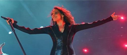 Malú en pleno concierto en la capital de España