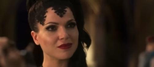 The Evil Queen in 'Once Upon A Time' - Photo via Aaron David D. Espiritu/Photo Screencap via ABC/YouTube.com
