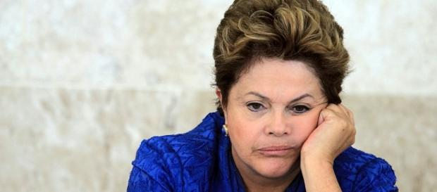 A ex-presidente Dilma pode ter seus bens bloqueados