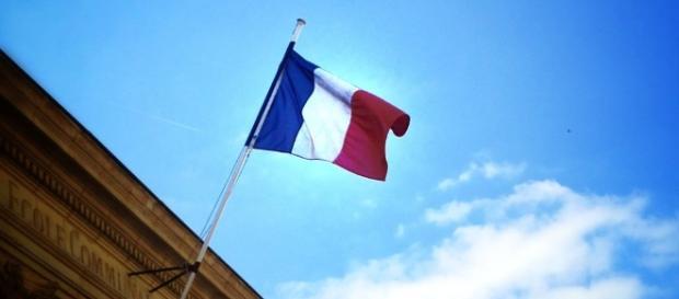 Drapeau Francais et les 'Identitaires'