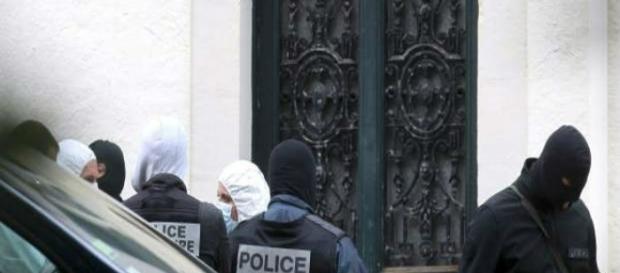Größtes Waffenlager seit 2004 in Frankreich ausgehoben.