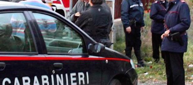 I Carabinieri sono alla ricerca del pensionato in fuga.