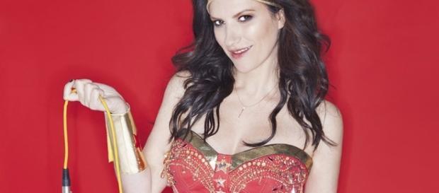 Laura Pausini: nuovo album a novembre - vanityfair.it