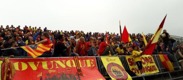 Una foto del settore ospiti giallorosso in occasione di Melfi- Lecce.
