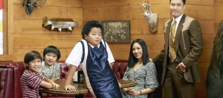Fresh Off the Boat TV show on ABC: season 2 - tvseriesfinale.com