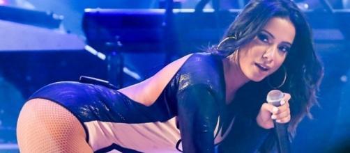 Anitta se viu obrigada a cancelar seus próximos compromissos