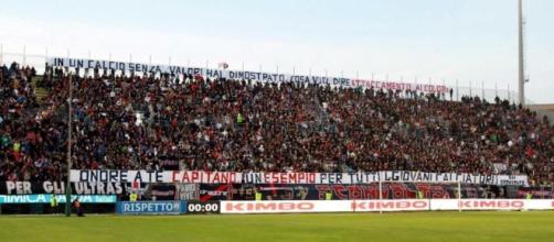 Cagliari Calcio, la tifoseria ultras degli Sconvolts.