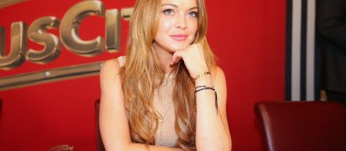 Lindsay Lohan flees London after claiming fiancé almost killed her - deathandtaxesmag.com