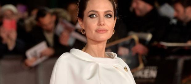 Angelina Jolie in Talks to Star in 'MURDER ON THE ORIENT EXPRESS ... - lrmonline.com