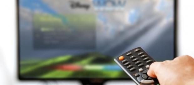 Guida Tv Rai e Mediaset Stasera 25 settembre 2016