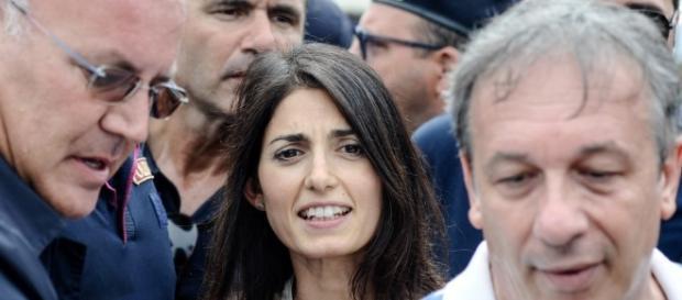 """Il sindaco Raggi a Palermo:"""" Abbiamo preso Roma, prenderemo l'Italia""""."""