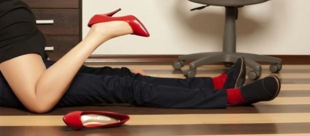 Segundo estudo, as mulheres que tem amantes são geneticamente programadas.