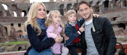 Ilary Blasi con Francesco Totti ed i figli