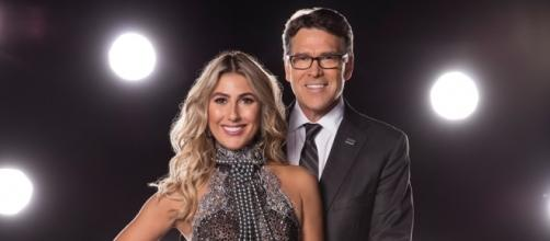 Rick Perry on Dancing With the Stars! Photo: Blasting News Library - thecelebrityauction.co