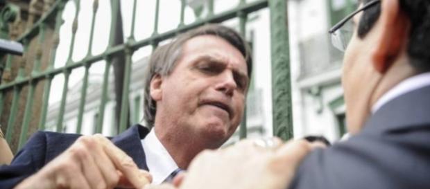 Bolsonaro partiu pra cima de candidato que o acusou de cometer crimes ambientais