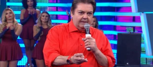 Faustão critica Michel Temer ao vivo