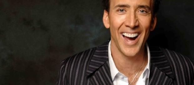 Nicolas Cage per Looking Glass