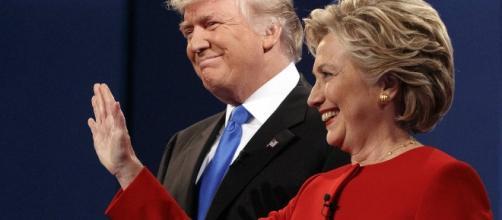 Hillary Clinton et Donald Trump lors du premier débat, (Associated Press)