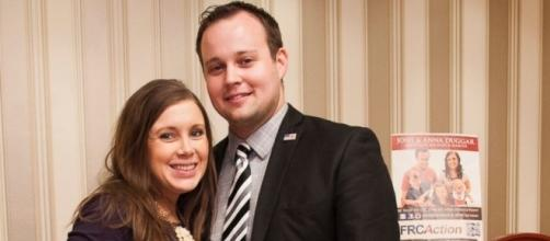 Josh and Anna Duggar Reveal They're In Marriage Counseling - ABC News - go.com