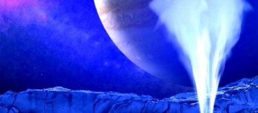 Los científicos tienen grandes esperanzas de hallar vida en los océanos de esta luna