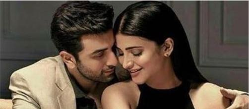 Ranbir Kapoor gets intimate with south siren Shruti Hassan - indiasamvad.co.in