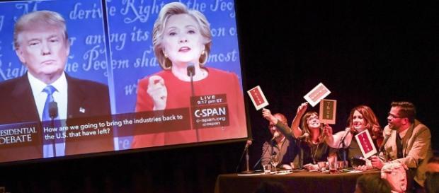 Clinton, Trump battle fiercely over taxes, race, terror ... - startribune.com