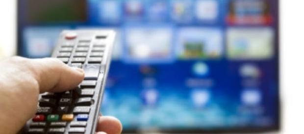 Guida Tv: L'allieva su Rai 1 e Diretta Champions su Canale 5.