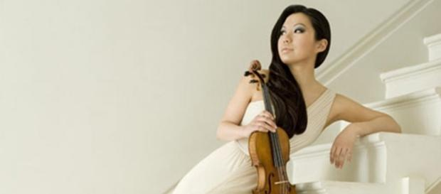 Sarah Chang plays a stunning violin. Photo: Courtesy of EMI, used with permission.