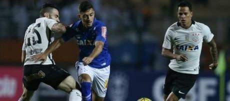 Corinthians e Cruzeiro iniciam o duelo que vale vaga nas semifinais da Copa do Brasil