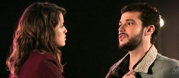 Camila é grosseira com Giovanni (Divulgação/Globo)