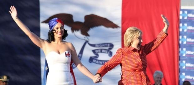 Katy Perry e la candidata Hillary Clinton.