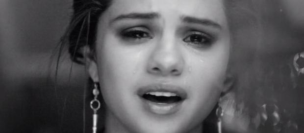 Selena Gomez vai ficar internada durante dois meses