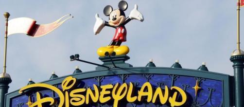 Clicca per leggere l'offerta di lavoro in Disneyland Paris