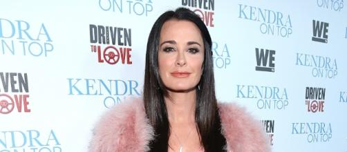 Kyle Richards Says Lisa Rinna Apologized To Her, Defends Lisa ... - inquisitr.com