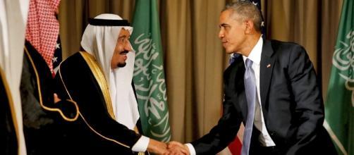 Obama lands in Saudi Arabia for potentially tense visit - AJE News - aljazeera.com
