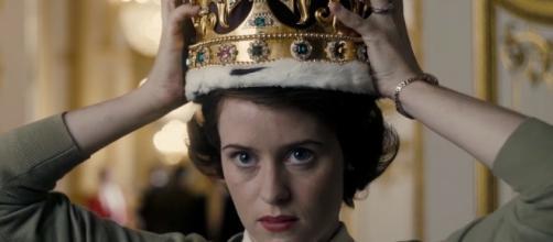 The Crown: il primo long trailer della serie Netflix sulla Regina ... - serialminds.com